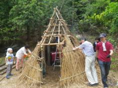 自然あそび教室『古代のくらし体験~竪穴式住居をリニューアル!~』のイメージ