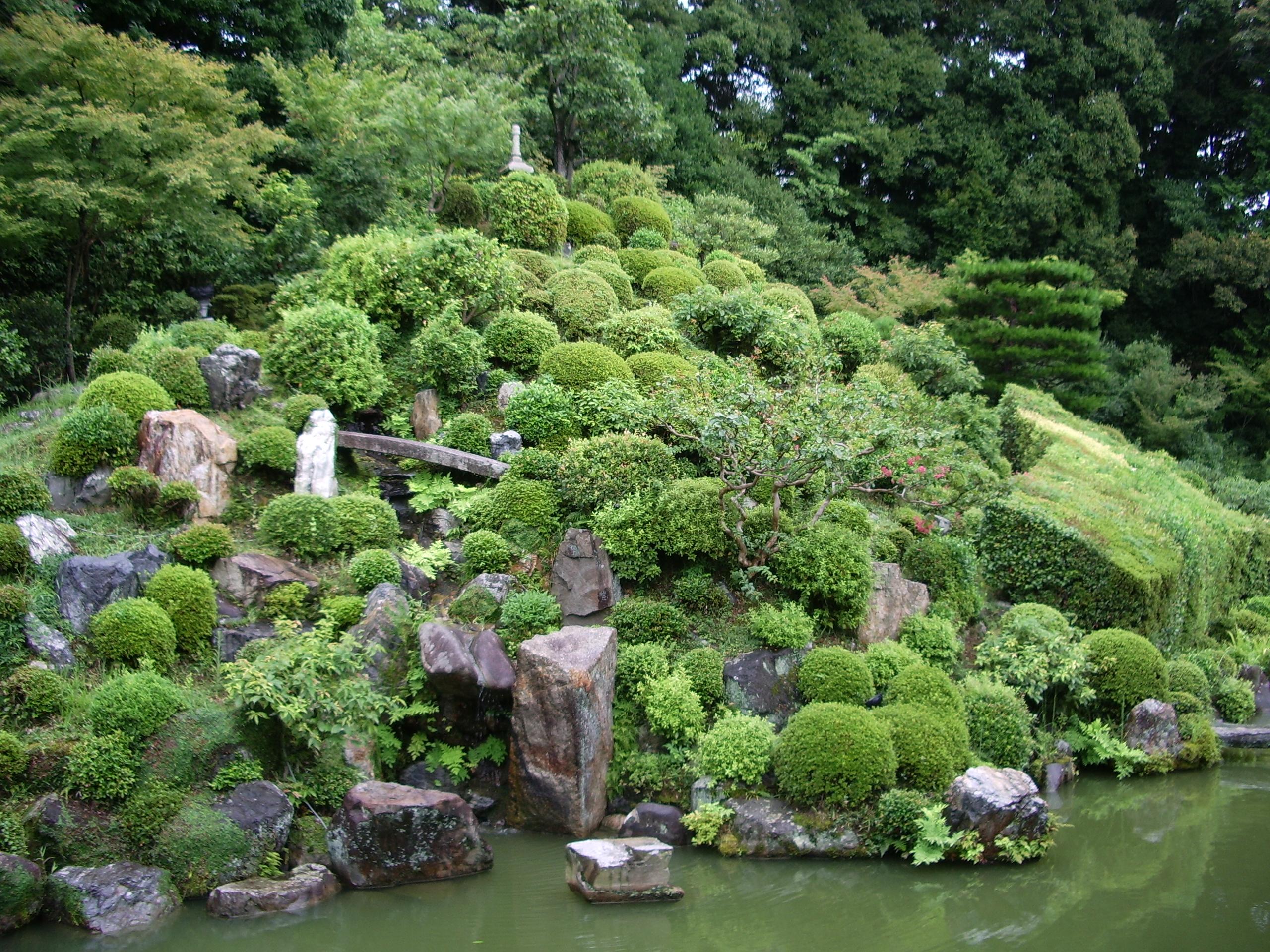 智積院庭園の画像